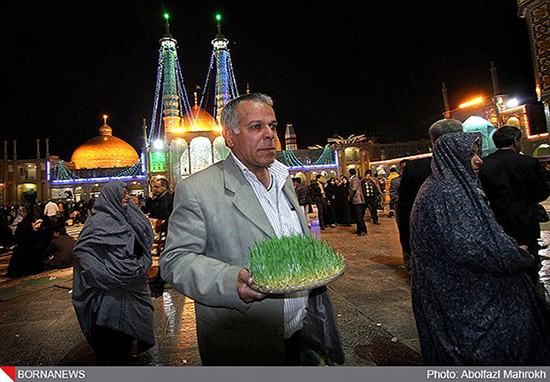 Persian-New-Year-at-Masumeh-Shrine-qom-06