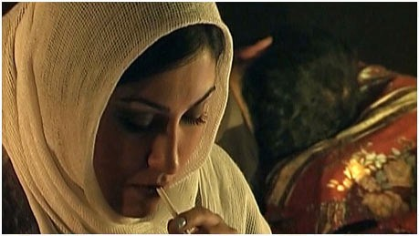 The Man Whom I Don't Know - Director: Ayda Tatari, Iran, 2009, 10 minutes, Cast: Noshin Noshiravani, Amir Mirzadeh