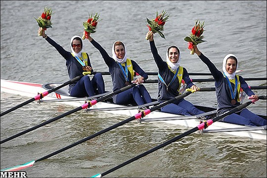 Rowing team - Bronze