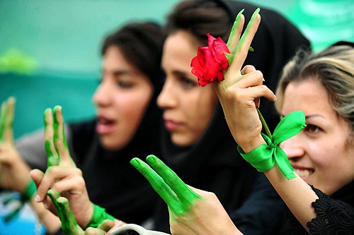 Supporters of former premier Mir Hossein Mousavi - 2009