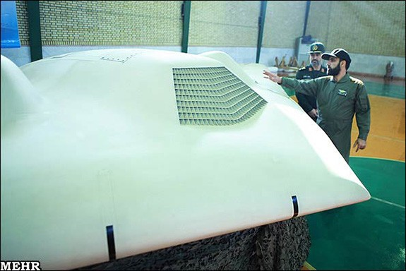 Iran-shows-captured-US-drone-4