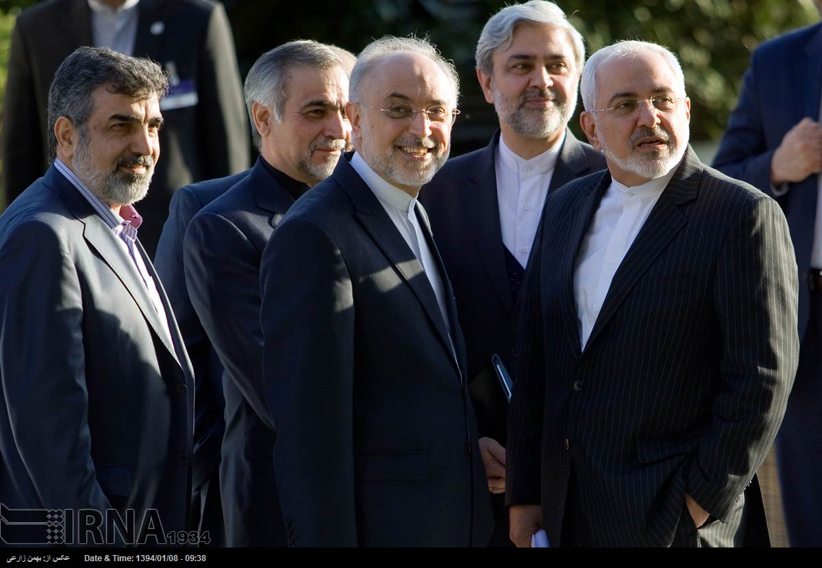 Iran hints at deal with world powers