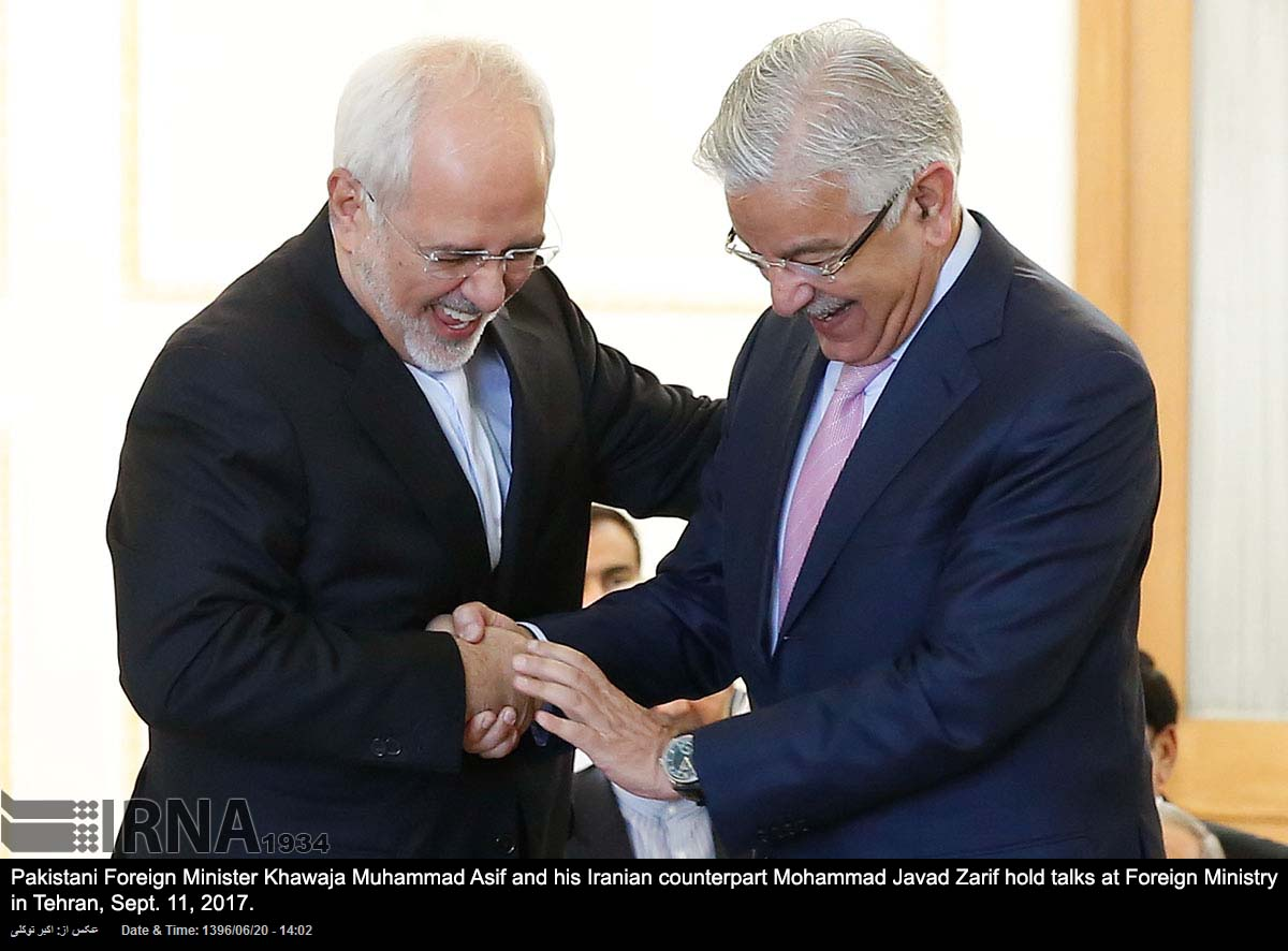 Khawaja Asif visits Tehran and meets Iranian leadership